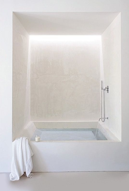 Couldn't you just soak away all your tension in this dreamy white tub-room? @CheviotProducts: