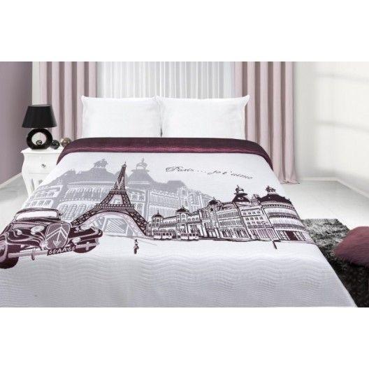 Bílo fialový přehoz na postel s potiskem města Paříž - dumdekorace.cz
