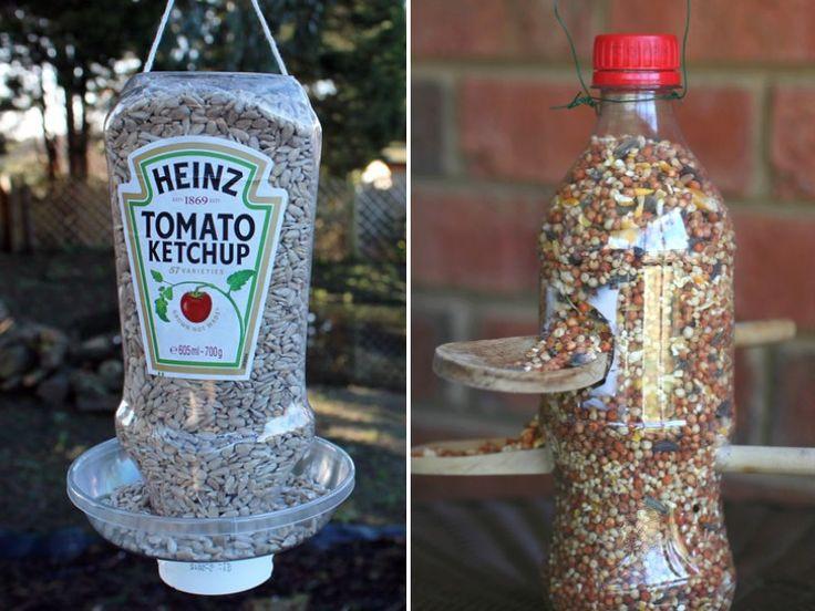 fabriquer une mangeoire pour les oiseaux du jardin jardin pinterest ketchup bouteille. Black Bedroom Furniture Sets. Home Design Ideas