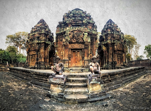 @ Teri Lou Dantzler A recent stitched image from Angkor Wat in Cambodia.: Temples, Teri Lou, Banteay Srei, Image, Amazing Places, Travel, Angkor Wat