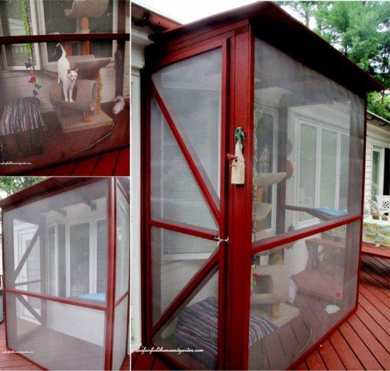 get tutorial >> DIY Catio Tutorial. Screened Cat Porch