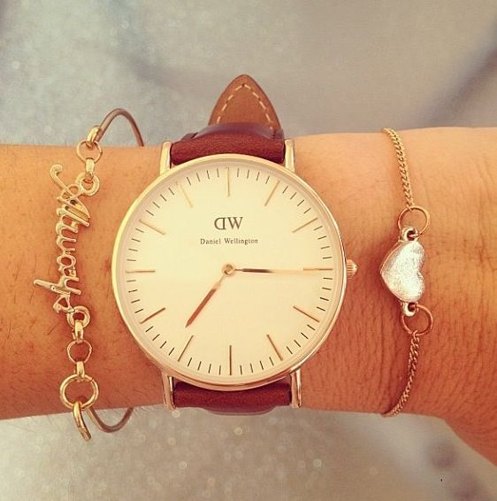 Daniel Wellington brown watch. If there is anybody out there who really really loves me :}