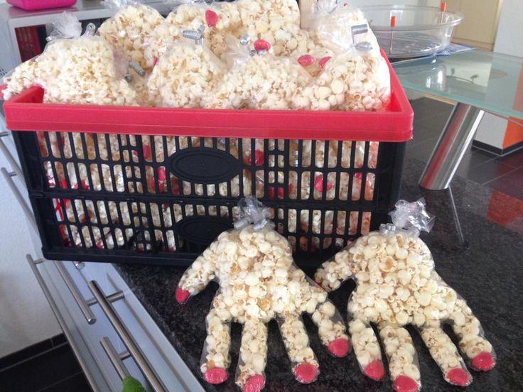 die 25 besten ideen zu popcorn geschenke auf pinterest popcorn geschenkk rbe mitarbeiter. Black Bedroom Furniture Sets. Home Design Ideas