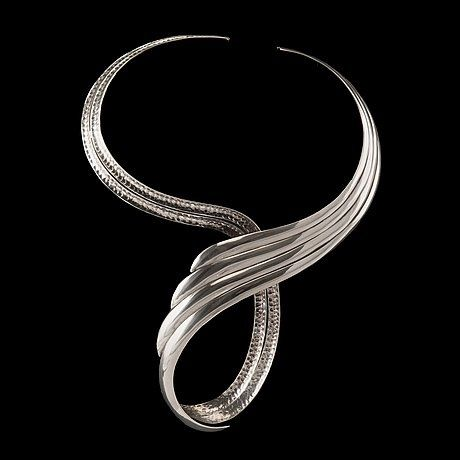 Paula Häiväoja for A. Tillander, Wrap necklace in silver, 1974. | Bukowskis.com #Finland