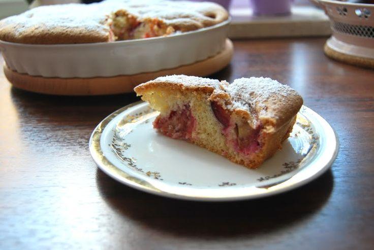 Myśli skrawki: Bardzo proste ciasto z rabarbarem bez rabarbaru
