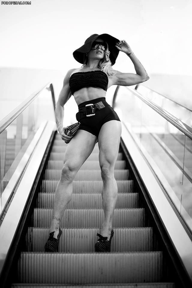 575 best images about Larissa Reis IFBB Figure on ...