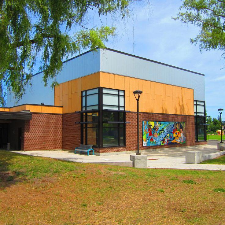 Photographer: Jeff Ker  Product: Eternit Fibre Cement; Tectiva TE30 Ochre Yellow  EngineeredAssemblies.com