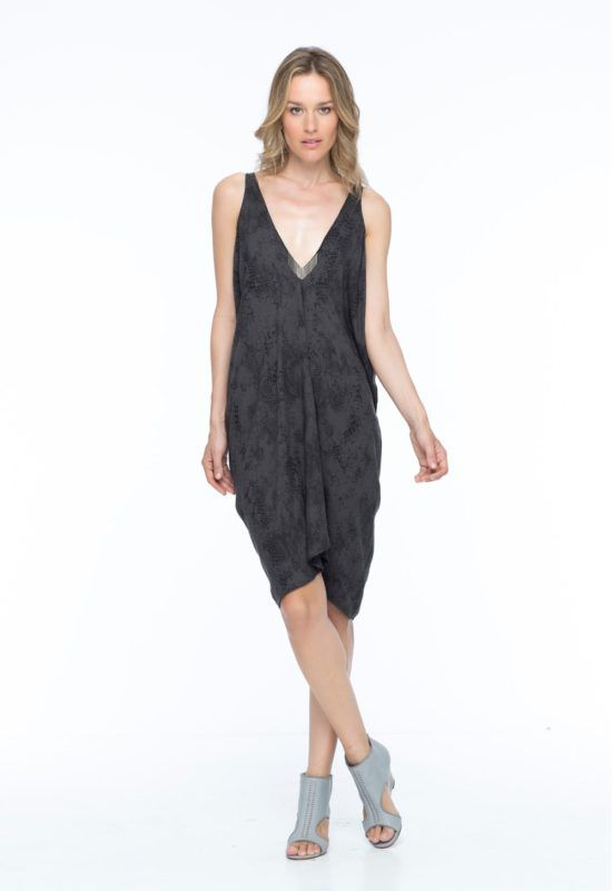 UMA KAFTAN --  An understated yet luxe kaftan dress with a deep V neckline. Wear it easy and loose or chinch it with a belt for a more dressier look.