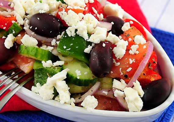 Képek! 6 ínycsiklandó zsírégető tavaszi saláta | femina.hu