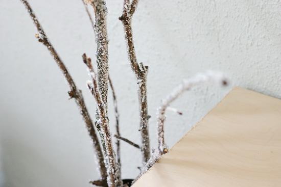Paint glue onto sticks and sprinkle epsom salt on top to get crystallized sticks for decoration!: Decoration
