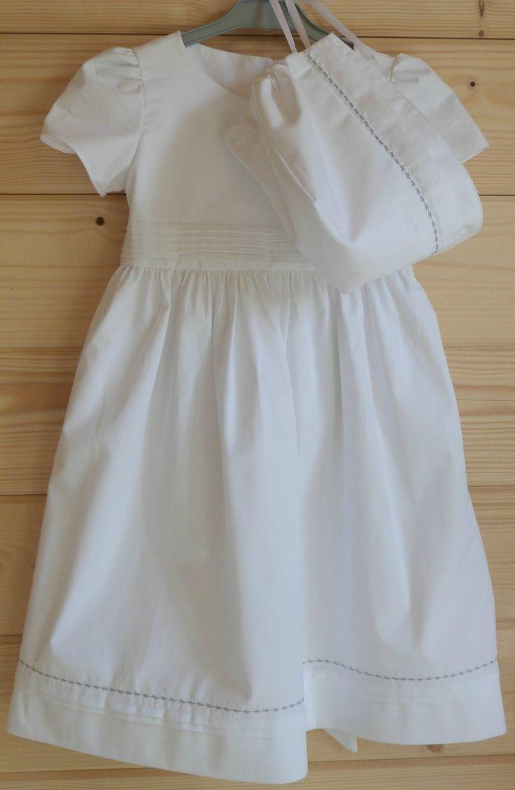 les 26 meilleures images propos de bapt me sur pinterest ange robes de bapt me et bapt mes. Black Bedroom Furniture Sets. Home Design Ideas
