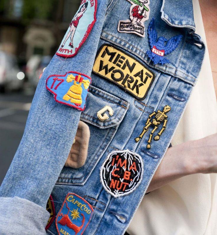 L'écusson sur la veste en jean, look de la Fashion Week printemps été 2014 de Londres - Cosmopolitan.fr