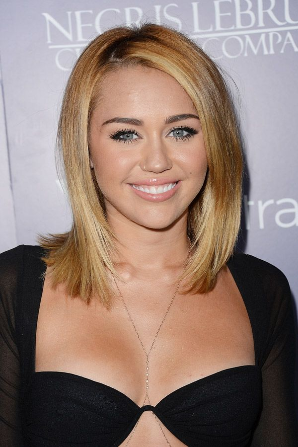 Getting this cut tomorrow but I have black hair then adding low lights. hope it looks just as good.