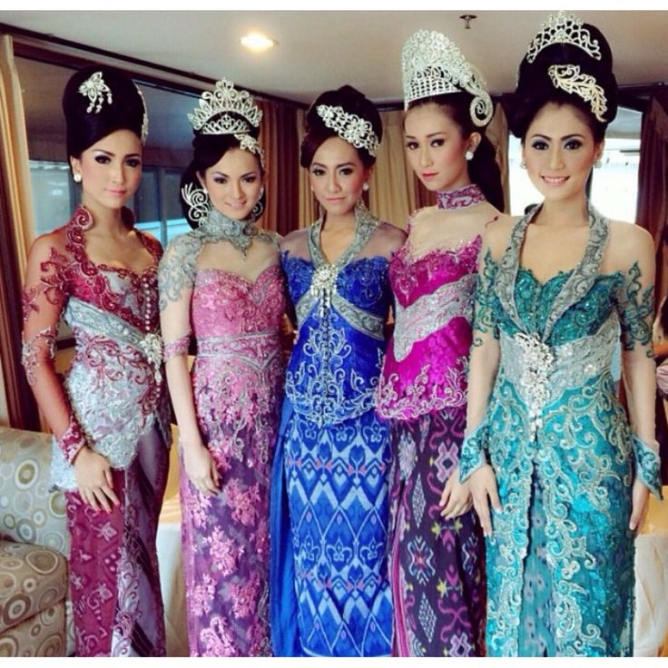 Show #kebaya #indonesia #colorful