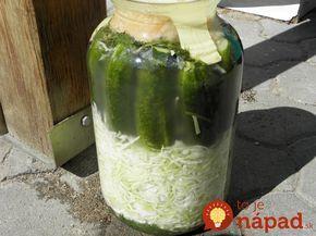 Keď budete pripravovať nakladané uhorky, pridajte k nim aj kapustu: Nemusíte zavárať, nepotrebujete ani ocot a výsledok je výborný!