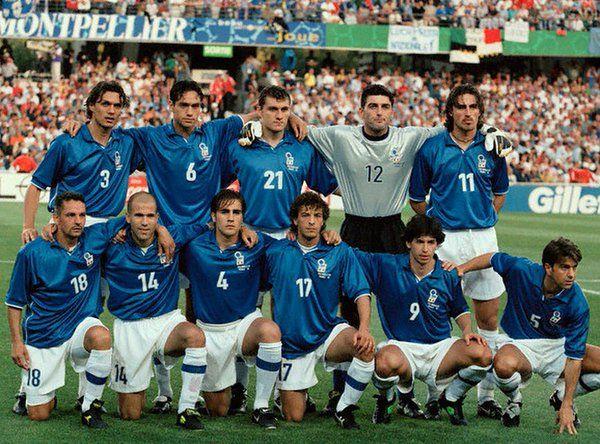 France98,che Italia!Maldini,Nesta,Vieri,Pagliuca,D.Baggio;R.Baggio,Di Biagio,Cannavaro,Moriero,Albertini,Costacurta