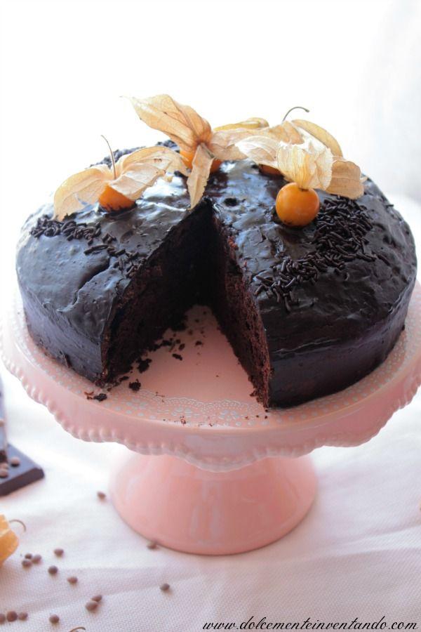 Dolcemente Inventando ovvero i pasticci di Ale: Torta sorprendente al cioccolato e lenticchie con alchechengi ( senza burro)