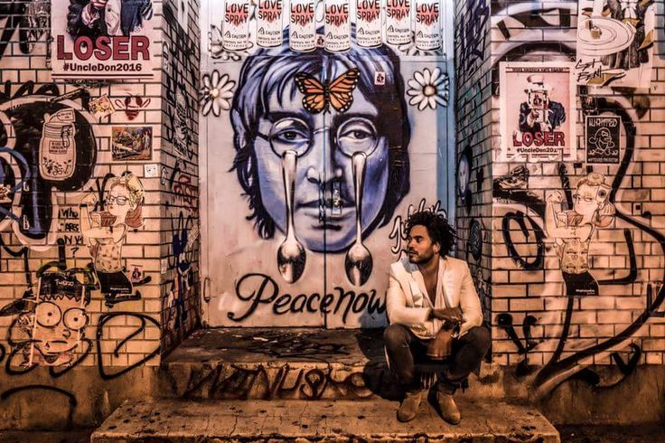 PEACE NOW ✌✌#streetart #graffiti   ❤ #JohnLennon #Liverpool #Beatles #Imagine #1971 #GrammyHallOfFameÖdülü #İnsanHaklarıÖrgütüResmiŞarkısı #Sözleri #ÜlkeYok #DinYok #MülkYok #BarışİçindeYaşa #TümDünyayıPaylaş #NakaratYokoOno #Grapefruit #İsimliKitabından ❤ #Imagine #1971 #GrammyHallOfFameAward #HumanRightsOrganizationOfficialSong #NoCountry #NoReligion #NoProperty #LiveİnPeace #ShareAllOverTheWorld #LeitmotifYokoOno #GrapefruitİsTheBook ♥♥♥ https://www.instagram.com/alicoskun.ozeren/