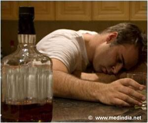 Teenagers Who Drink Alone Likelier to Develop Alcohol Problems in Adulthood