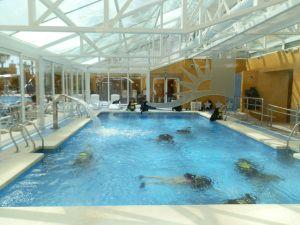 Bautismo de buceo en la piscina cubierta del Gran Hotel Peñíscola