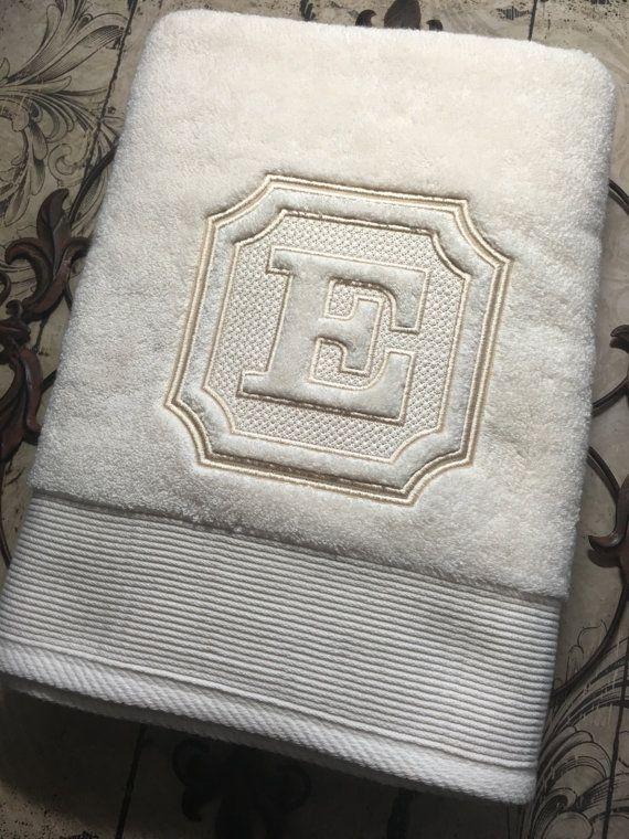 Monogrammed Luxury Bath Towel Set, Hand Towels, Wedding Gift, Bridal Shower, Housewarming Gift- IVORY TOWEL