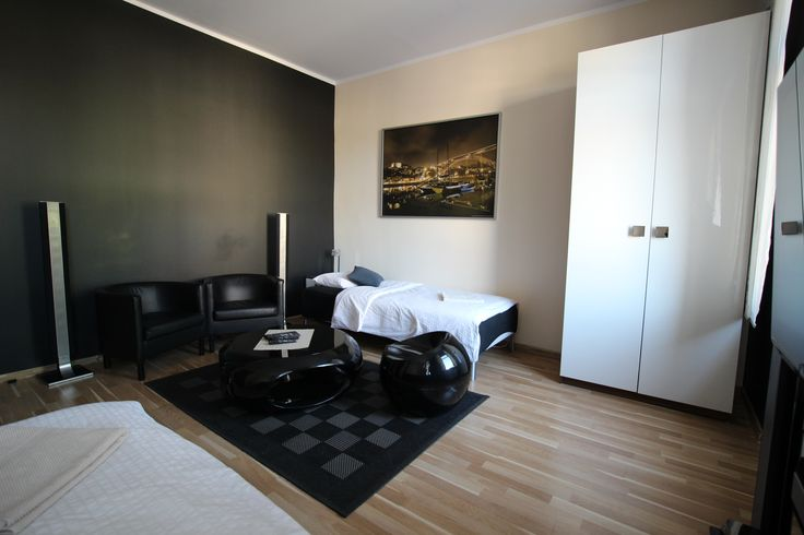 Apartament Kremowy  http://www.rainbowapartments.pl/apartament-kremowy/