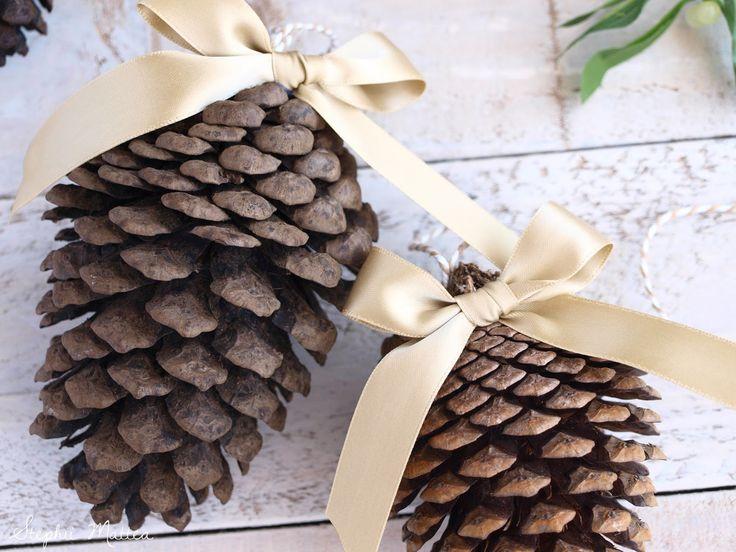 Blogmas Day 9 on Stephii Mattea: DIY Pinecone Ornaments