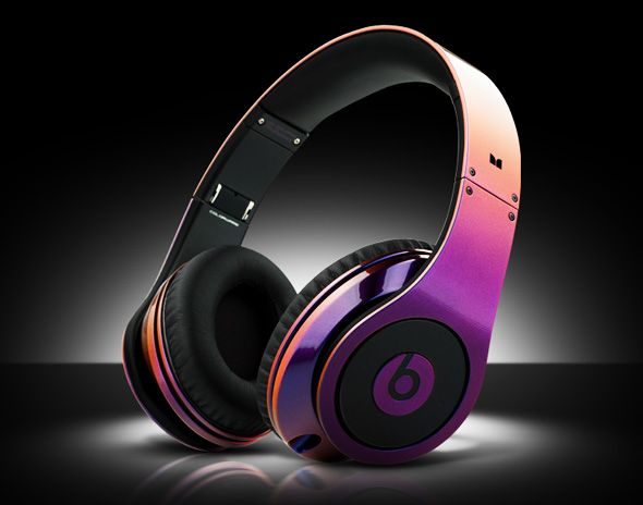 ColorWare Collection Illusion Beats Dr Dre headphones. This are so freakin cool