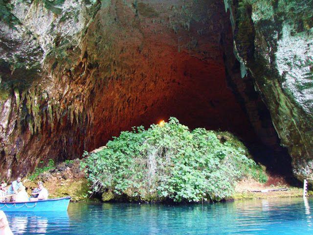 Melissani cave @ kefalonia