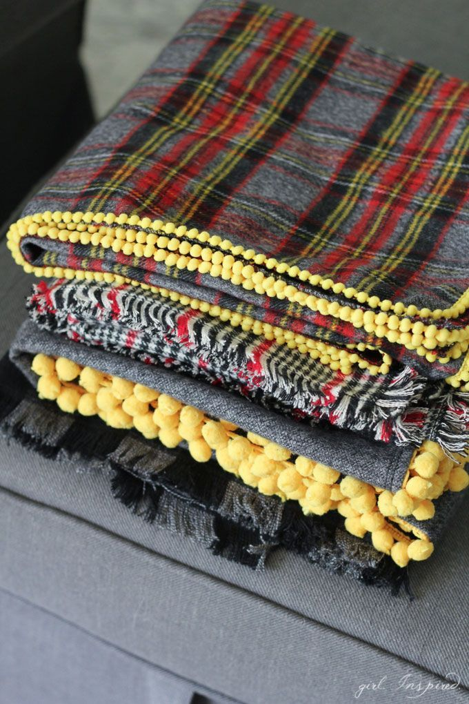 These would make great gifts! Get ready for cooler weather with these simple DIY flannel blankets!
