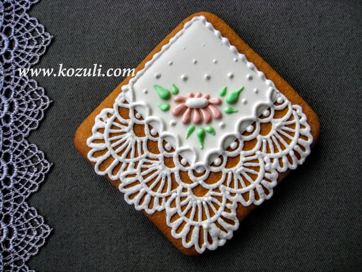 @kozuli_com  // Lace Handkerchief Cookies with VIDEO TUTORIAL at www.kozuli.com // Mother's Day Cookies / Lace cookies / Icing lace cookies / Royal icing cookies / Decorated cookies / Cookie decorating / Cookie decorating ideas / Sugar cookies / Sugar cookie icing