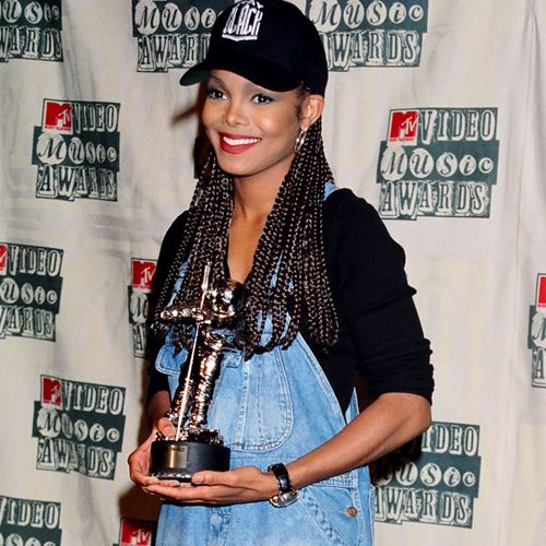 Janet Jackson at the 1994 MTV Video Music Awards at Radio City Music Hall in New…