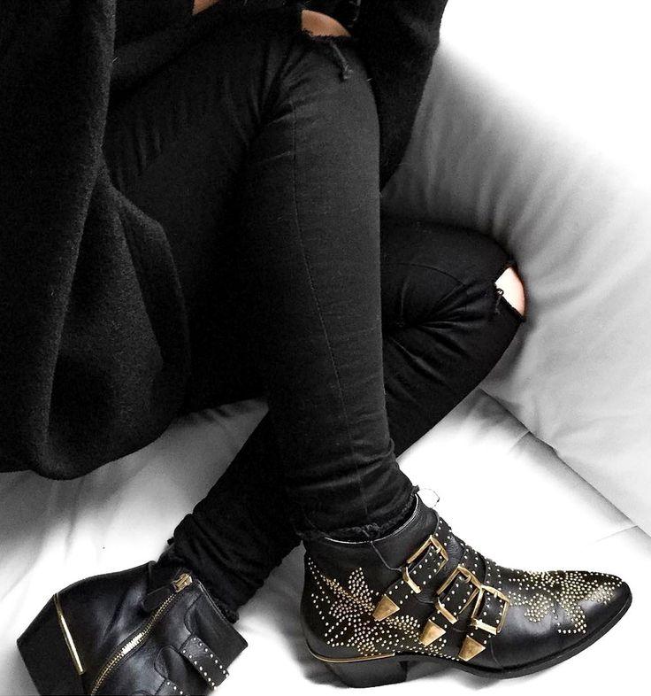 Les Susanna de chez Chloé n'ont pas leur pareil pour rehausser un total look noir (instagram Meleponym)