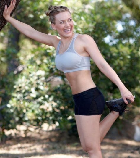 Hilary Duff got divorced, then lost 20 pounds and looks incredible! She her workout here