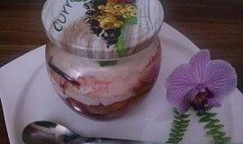 Buchta s ovocem, pečená ve sklenicích
