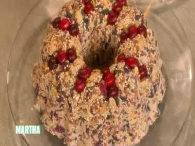 Martha Stewart and an audience member create suet bundt pan bird feeders.