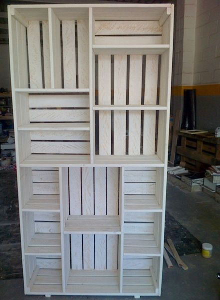 Gumtree: Pallet Bookshelves