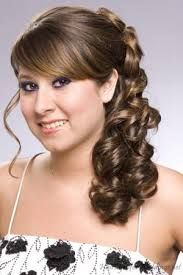 Take a style journey at your most awaited #hairextensions sale online in most vibrant colors to choose from at 50% off clearance sale to fabricate your latest style statements.
