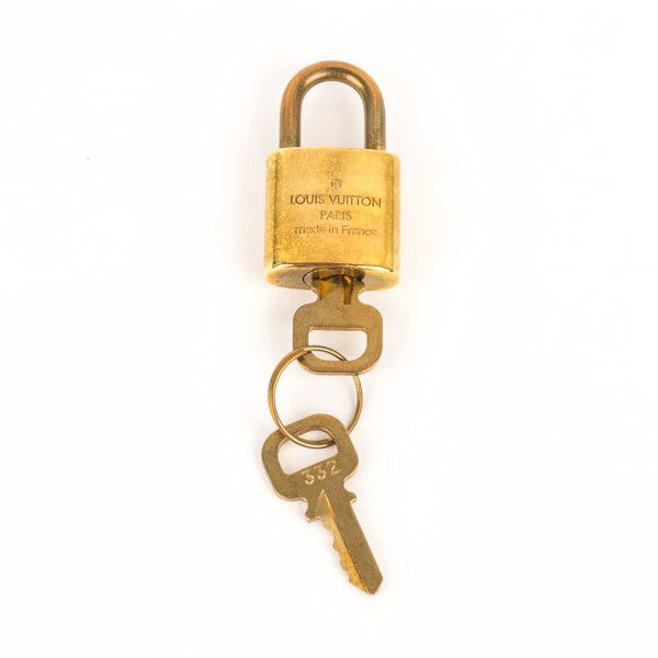 Pre-Owned Louis Vuitton Lock and Key