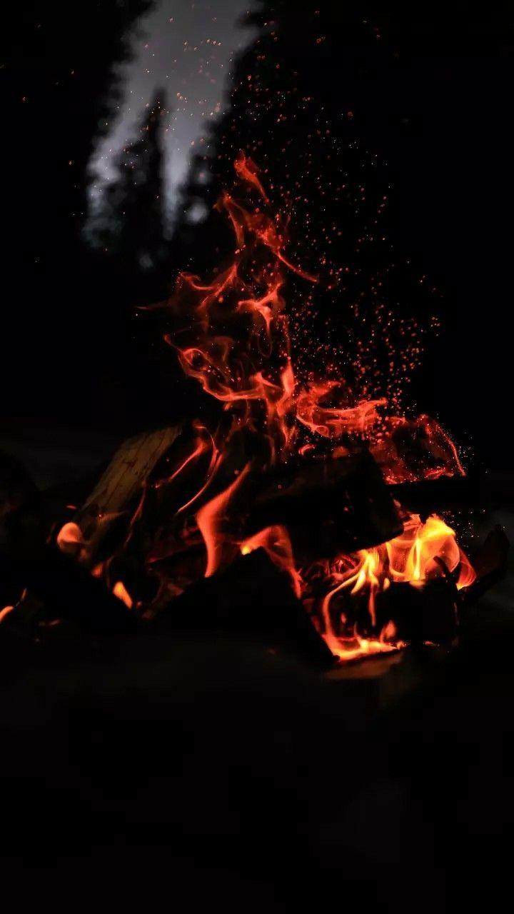Campfire Wallpaper Tła