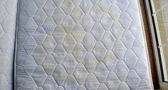 Heb je een matras dat onder de vlekken zit? Verwijder ze eenvoudig met deze 3…