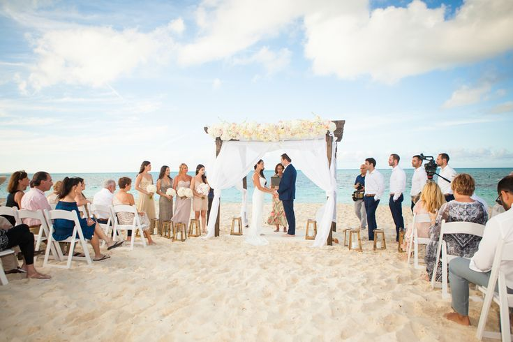 Stunning beach wedding in the Turks and Caicos
