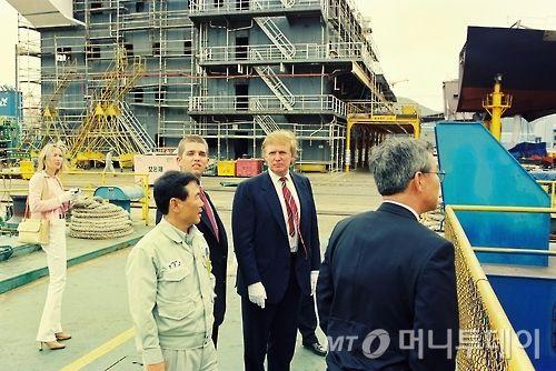 """대우조선 방문했던 트럼프, """"골리앗 한번 올라가 봅시다"""""""