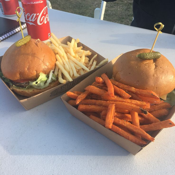 Varsity Spring Time Eat Food Trucks featuring Surf Burger, Cycho's Buffalo Wings, & Poffertjes Kings – merry eat, merry drink, merry be