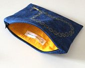 Zipped jewellery pouch