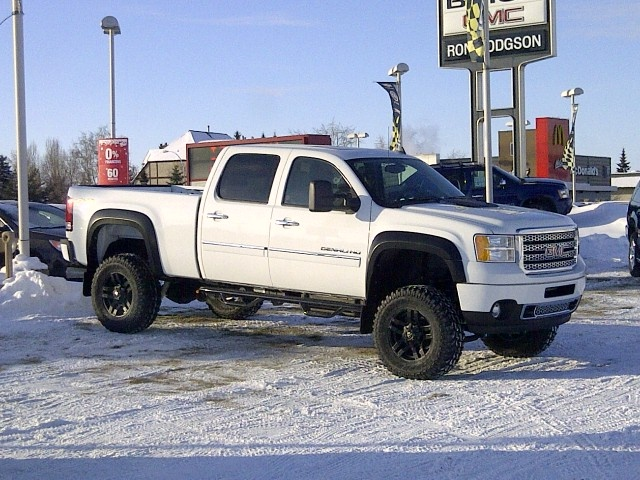 Check this brute - 2013 GMC Sierra Denali HD Stock# 3T21283. Built to get you in and out of the ...