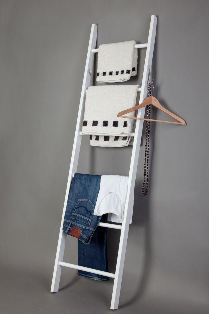 Rutschfester, flexibler Handtuchhalter aus Holz. Einfach ...