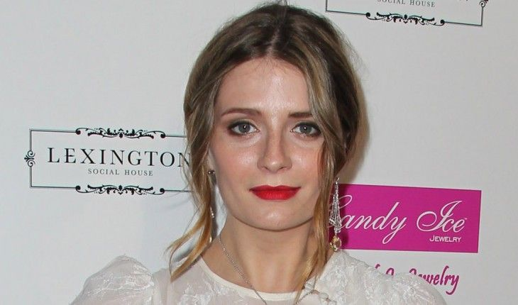 Mischa Barton Height and Weight Stats