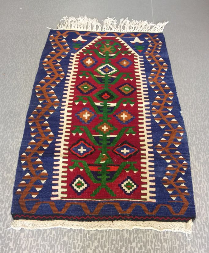 "LARGE TURKISH KILIM RUG, 135 x 85 cm ( 53 "" x 33 "" )"