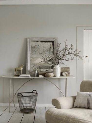 Avec une ambiance couleurs gris et lin, le salon se repose !